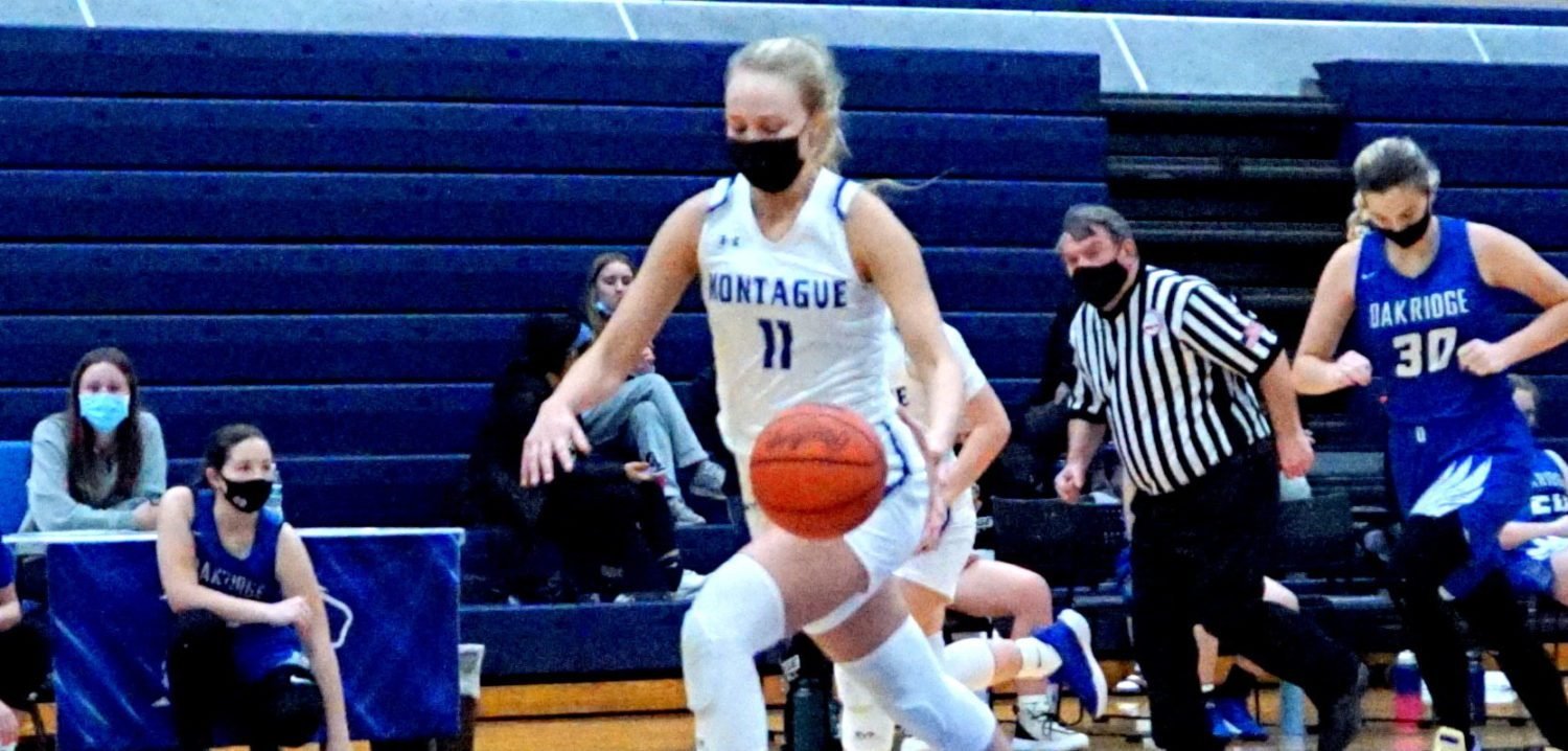 Friday girls basketball roundup: Montague uses strong first half to take down rival Oakridge