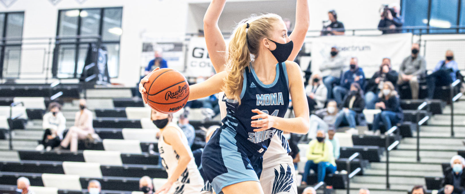 Mona Shores girls basketball team ends season with a 62-43 loss to powerful Hudsonville in Division 2 regionals