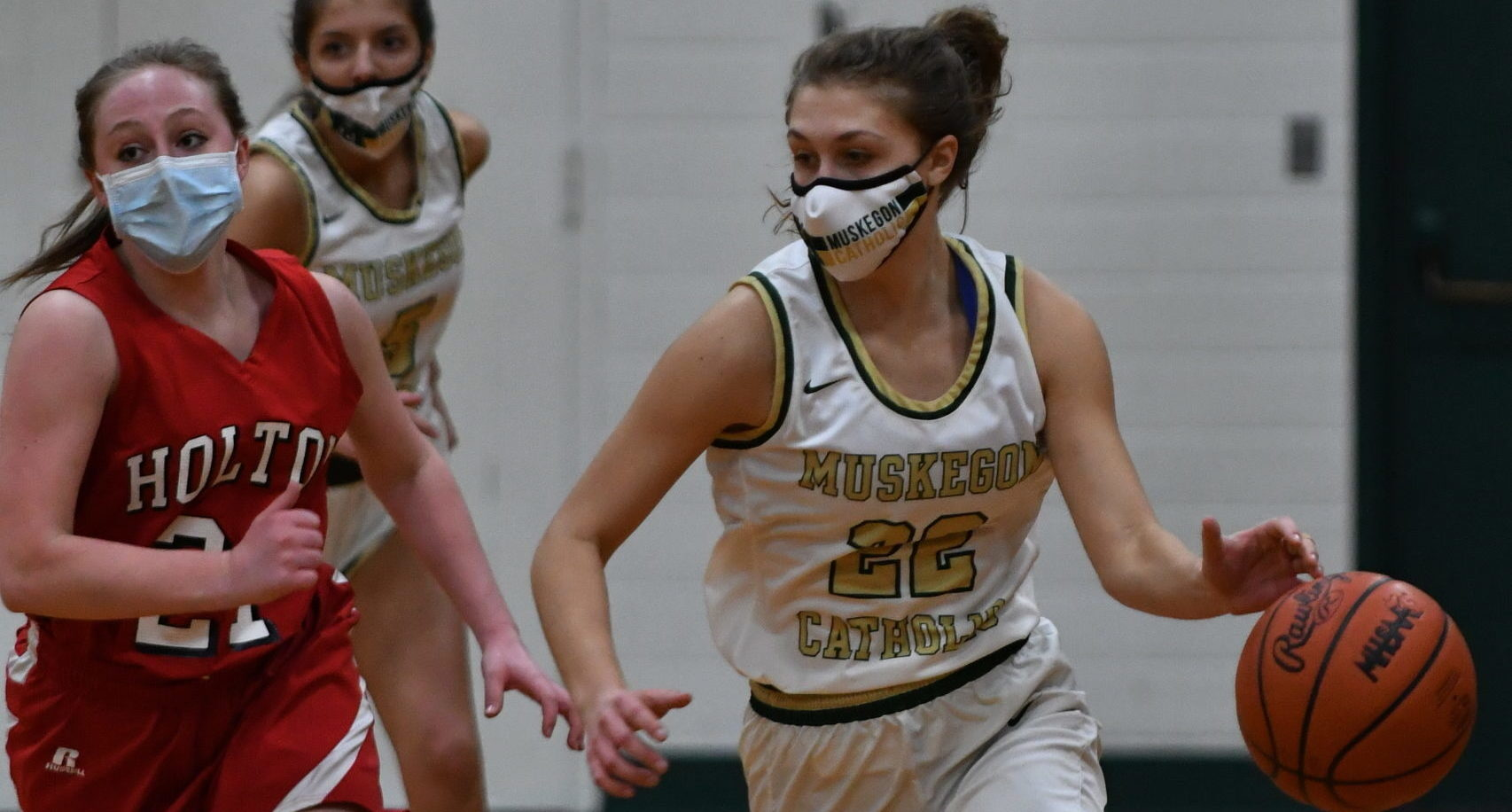 Monday girls hoops roundup: Muskegon Catholic downs Holton in non-league contest