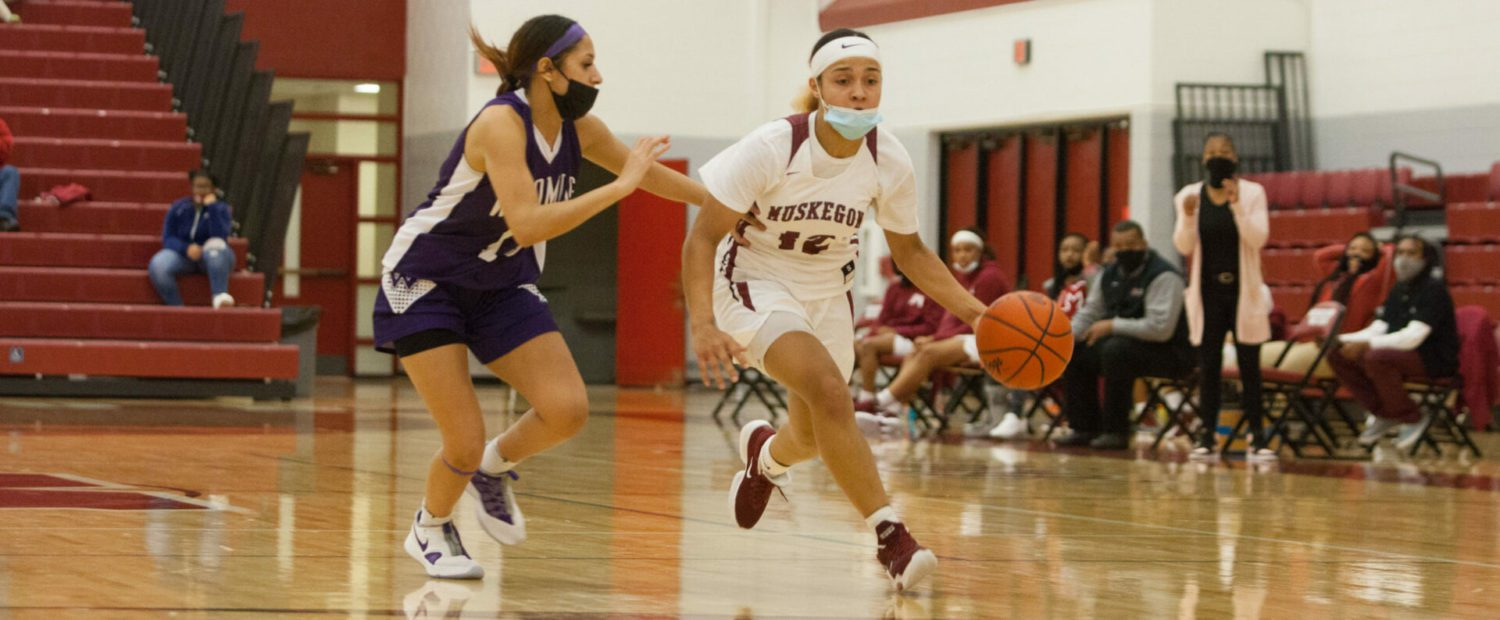 Muskegon girls basketball team loses a double-digit lead, then drops a 50-48 heartbreaker to Wyoming in final seconds