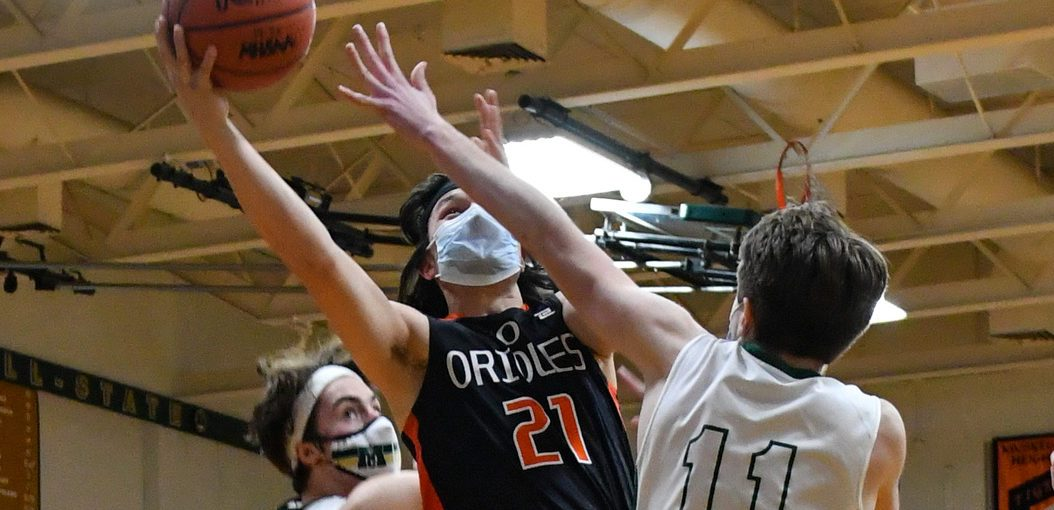 Friday boys basketball roundup: Fremont comes back to edge Reed City in a tight CSAA Gold Division battle