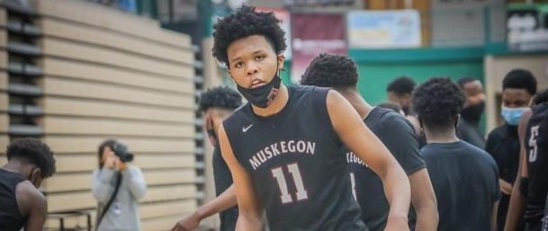 Muskegon boys get even for earlier loss to Reeths-Puffer, beating the Rockets 67-58 to advance to the D1 district finals