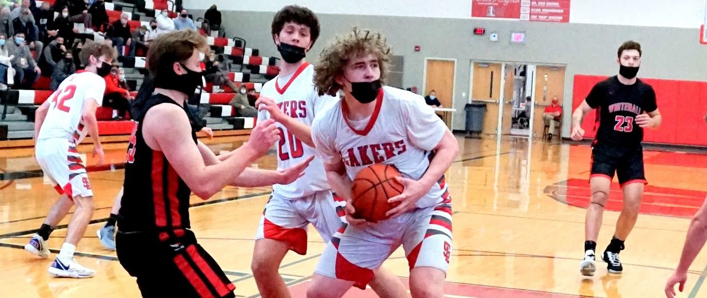 Kaden George scores 33 points to lead Spring Lake to a stunning 54-43 win over Whitehall and a Division 2 district title