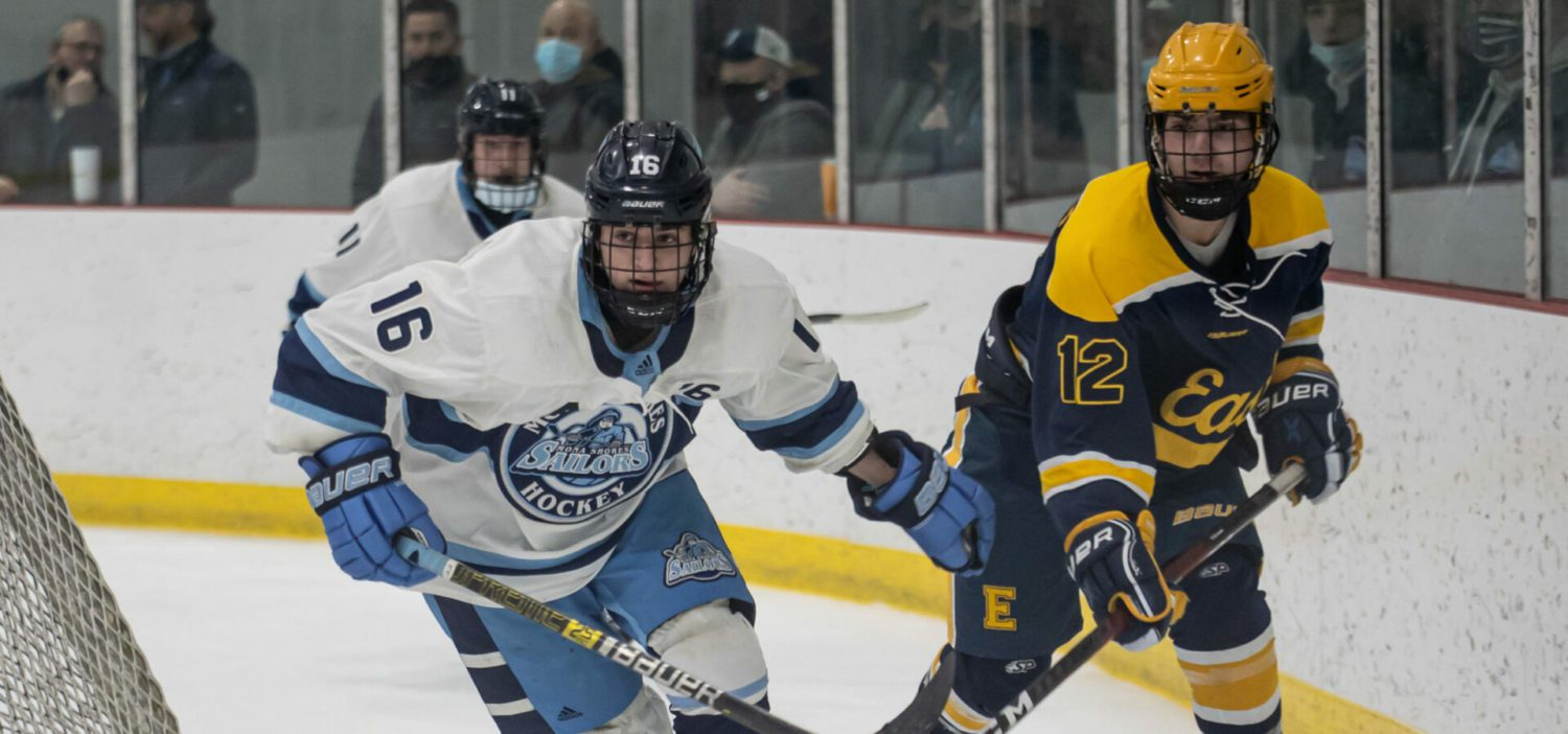 Mona Shores hockey turns tables on East Grand Rapids in win at home