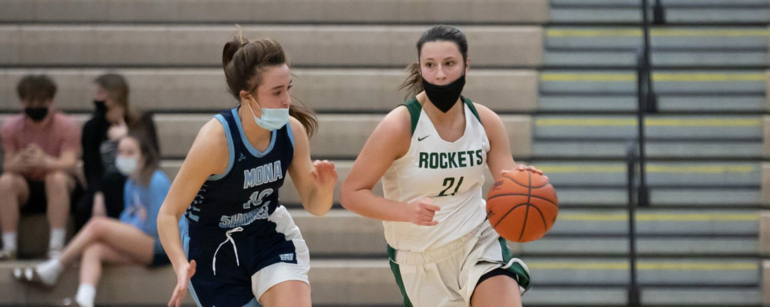 Rapidly-improving Reeths-Puffer girls basketball team puts it all together and upsets first-place Mona Shores 43-31