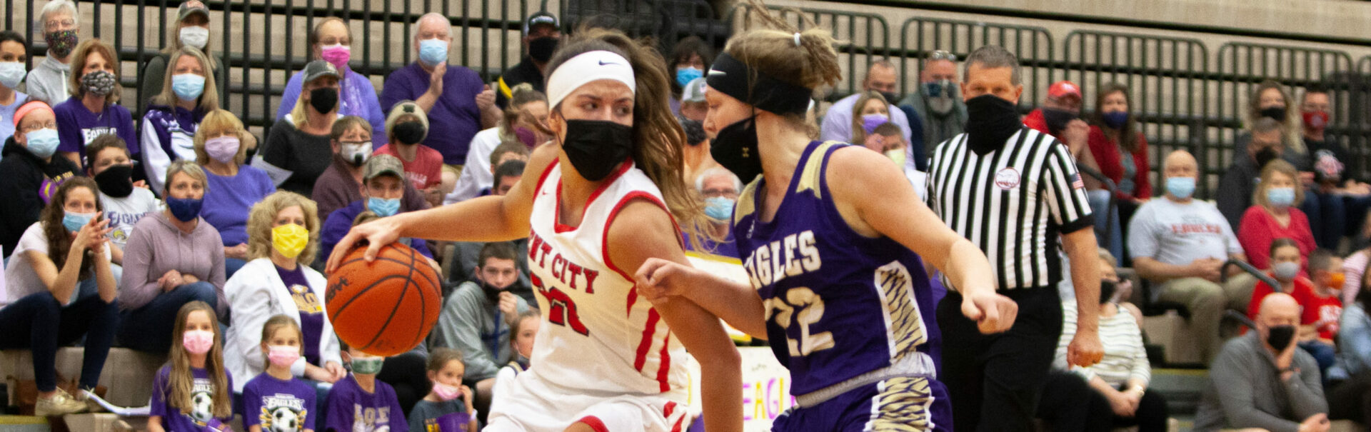 Kent City girls basketball team throttles Schoolcraft 52-19 in Division 3 quarterfinals, moves on to the state Final Four