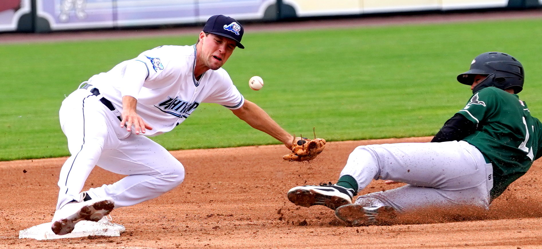 Packard packes a punch, but Whitecaps fall to 4-7 overall on season with home loss to Great Lakes