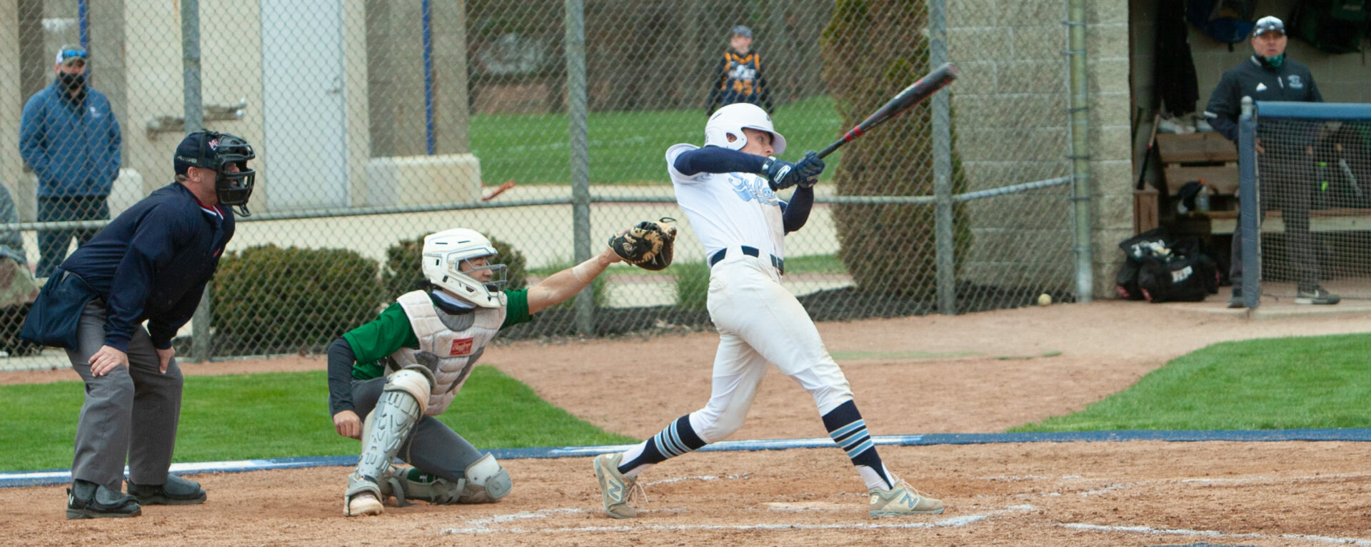 Mona Shores baseball team continues its domination of the GMAA Tier 1 tournament, downing R-P 8-1 in the finals