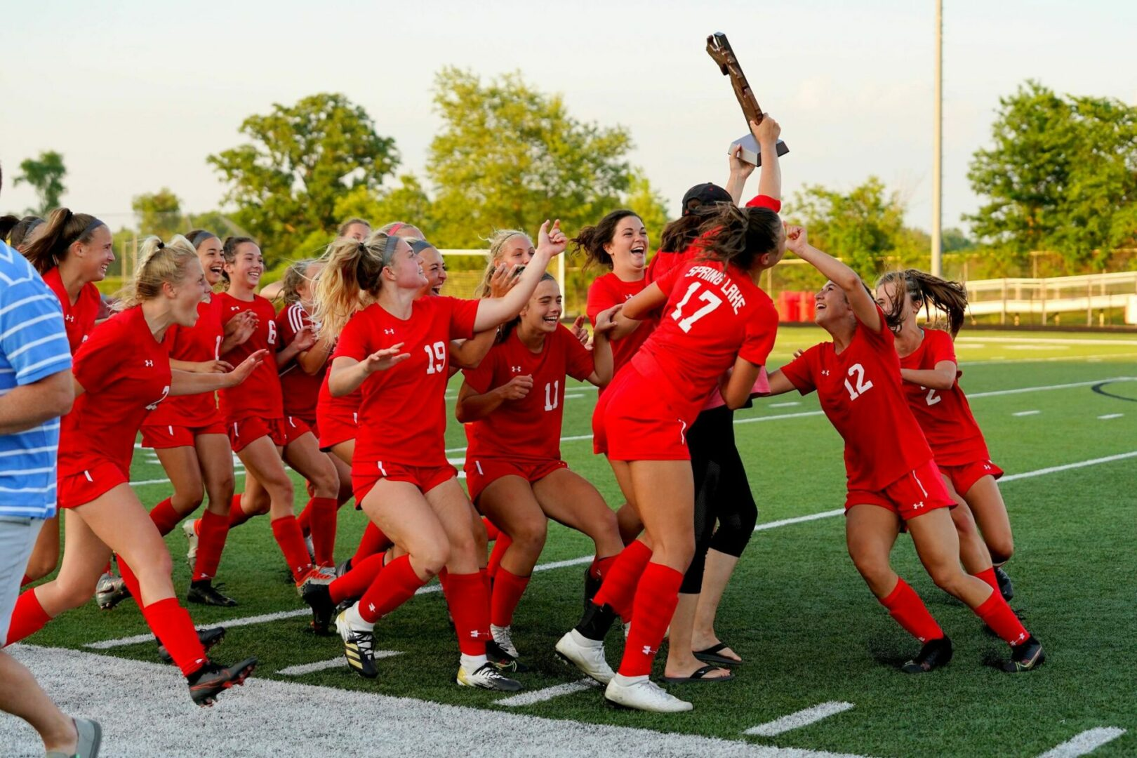 Spring Lake girls soccer squad overcomes bus breakdown, tough Cadillac goalie to win 1-0 in Division 2 quarterfinal contest