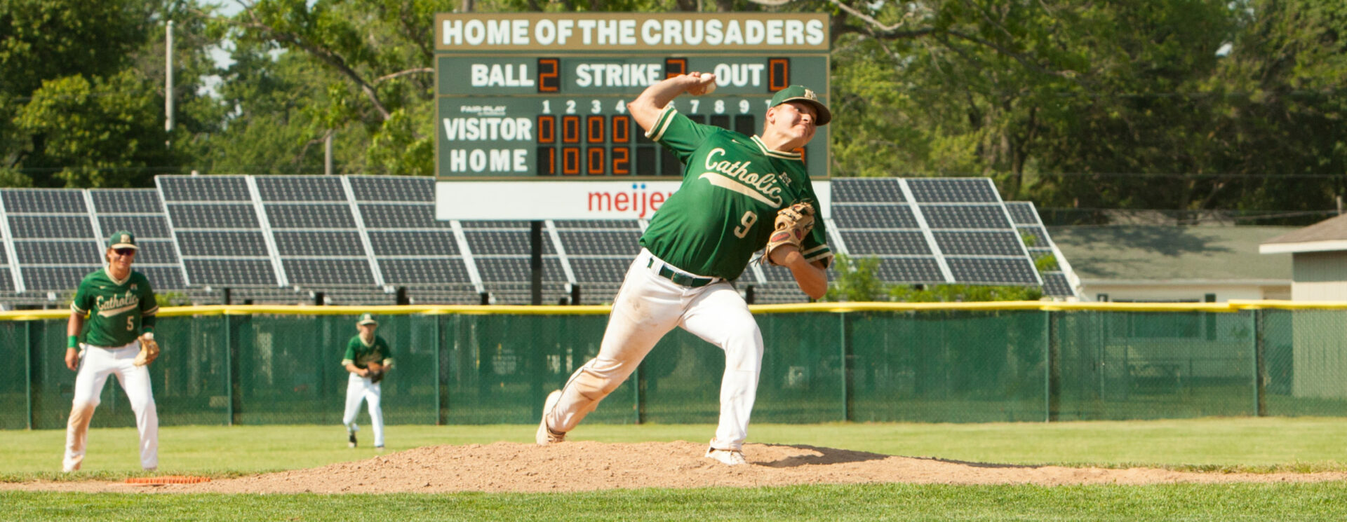 Max Price pitches a masterful game, allowing MCC baseball team to stun No. 1 ranked Beat City in Division 4 regionals