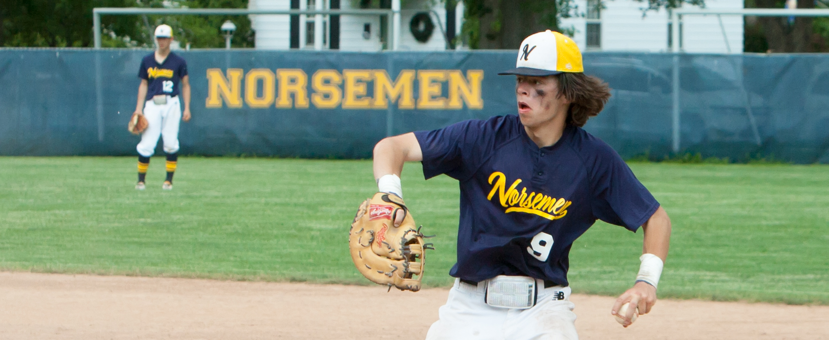 Resilient North Muskegon baseball team rallies from three-run deficit, beats Ravenna 13-8 in Division 3 regionals