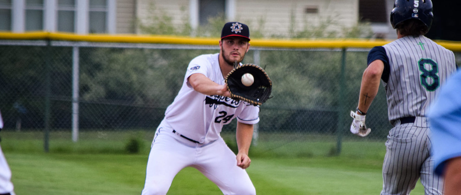 Muskegon Clippers take two on the chin in doubleheader loss to Michigan Monarchs