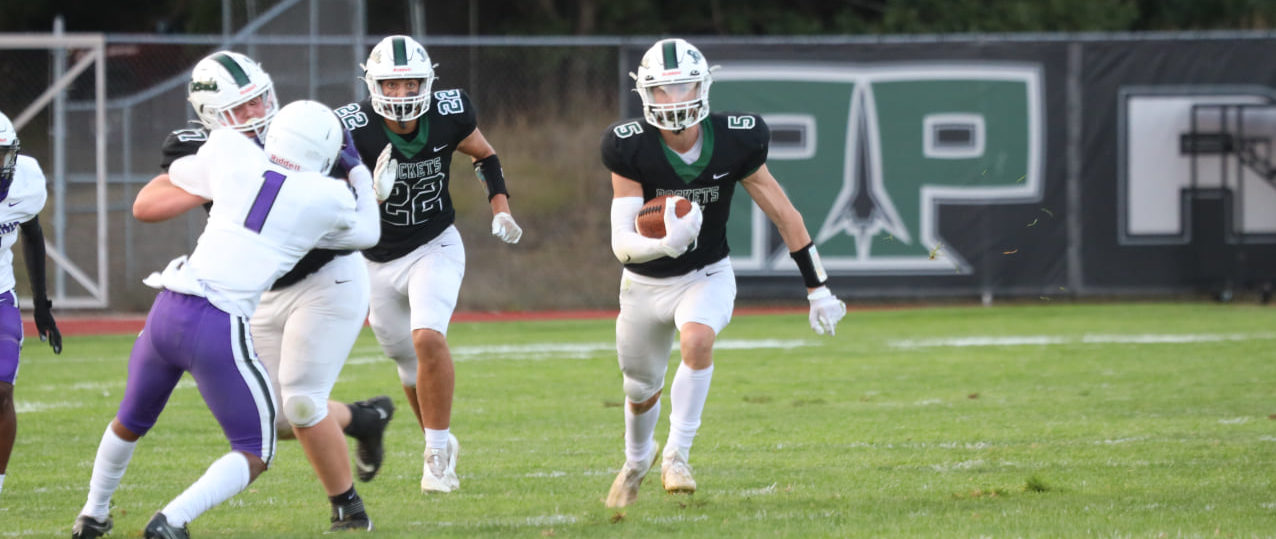 Reeths-Puffer wins second straight, tops Wyoming with balanced attack