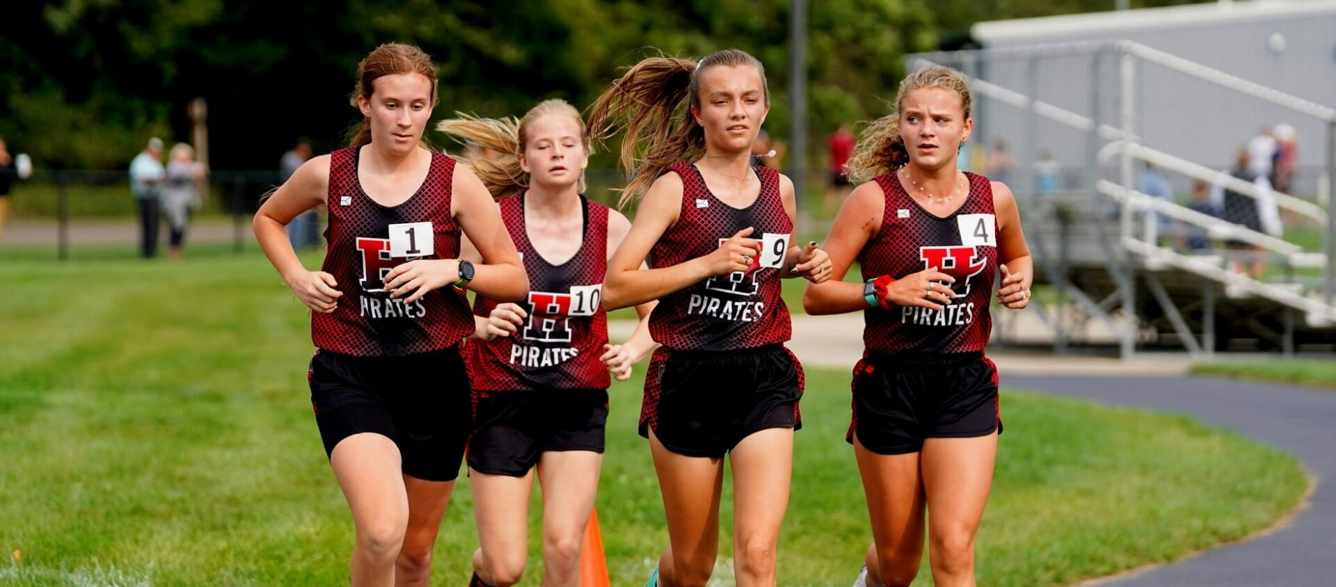Hart Pirates, led by Enns and Ackley, sweep West Michigan Conference XC meet